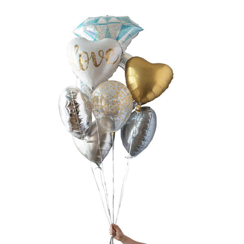 gold love heart foil balloon bouquet