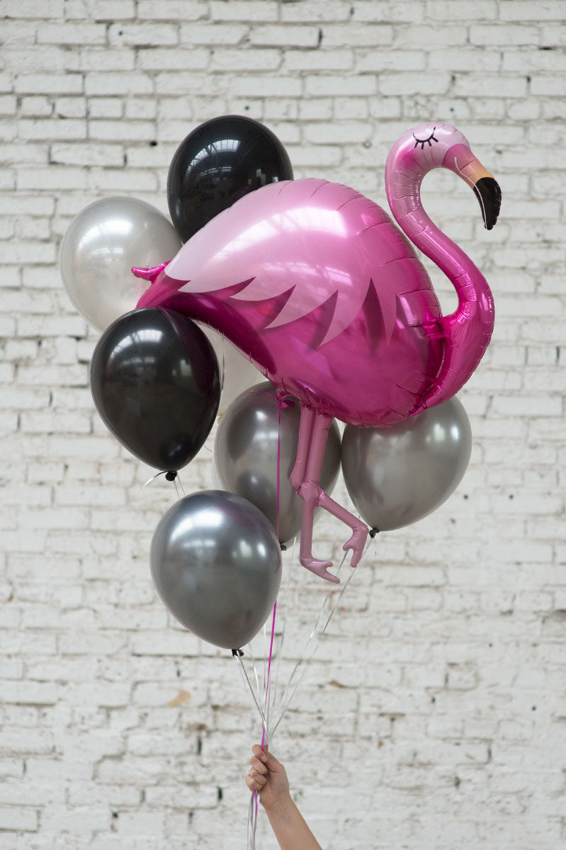 pink flamingo foil balloon bouquet