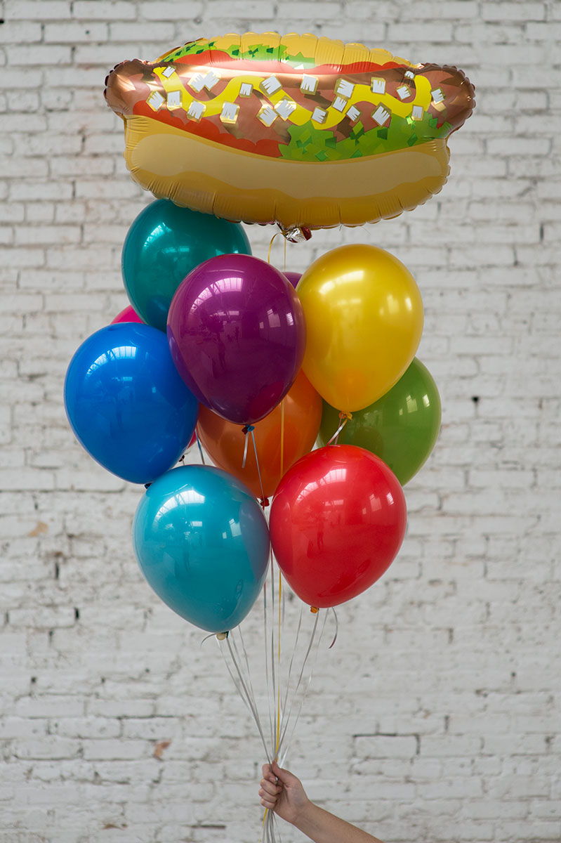 hot dog foil balloon bouquet