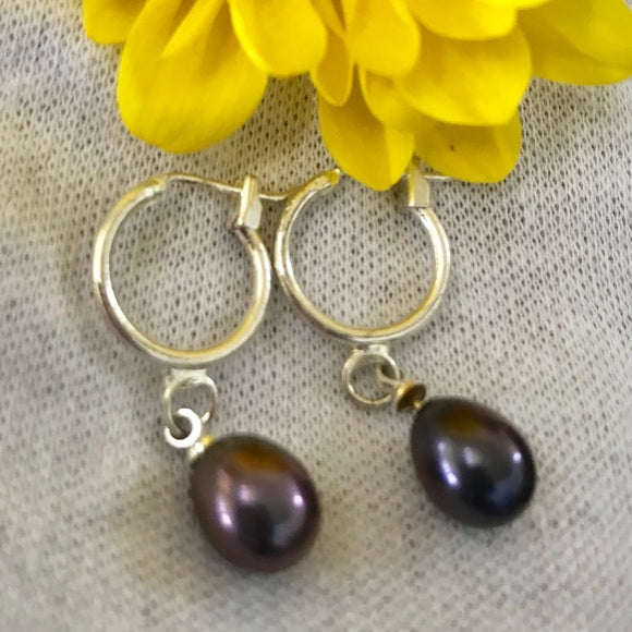 Dark gray lavender pearl dangling earrings - The Lotus Wave