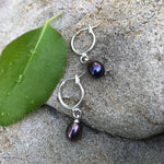 Load image into Gallery viewer, Dark gray lavender pearl dangling earrings - The Lotus Wave