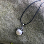 Load image into Gallery viewer, Freshwater pearls silver leather cord necklace - Stylish n Trendier