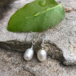 Load image into Gallery viewer, Cream color fresh water authentic pearl earrings - The Lotus Wave