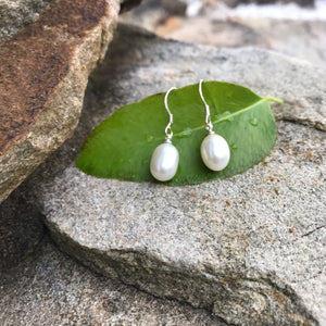 Cream color fresh water authentic pearl earrings - The Lotus Wave