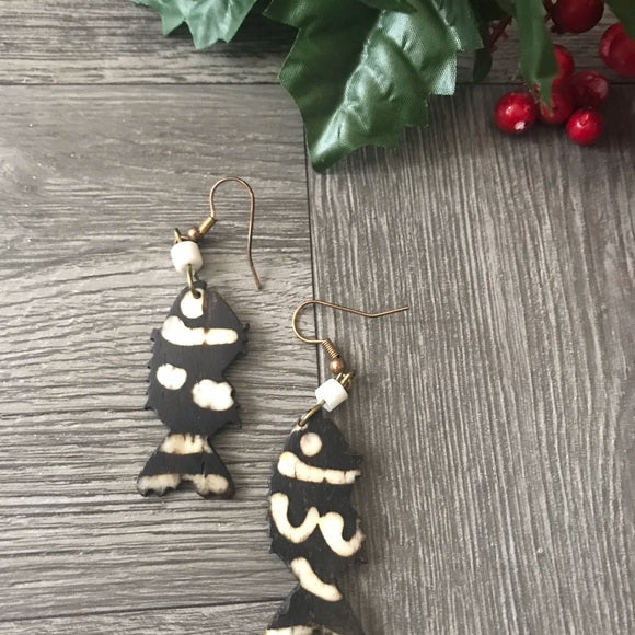 African ethnic Handmade Cow Bone Dangle Earrings