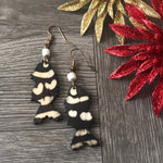 Load image into Gallery viewer, African ethnic Handmade Cow Bone Dangle Earrings