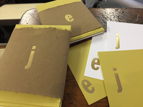 Coutre, custom foil initial note cards