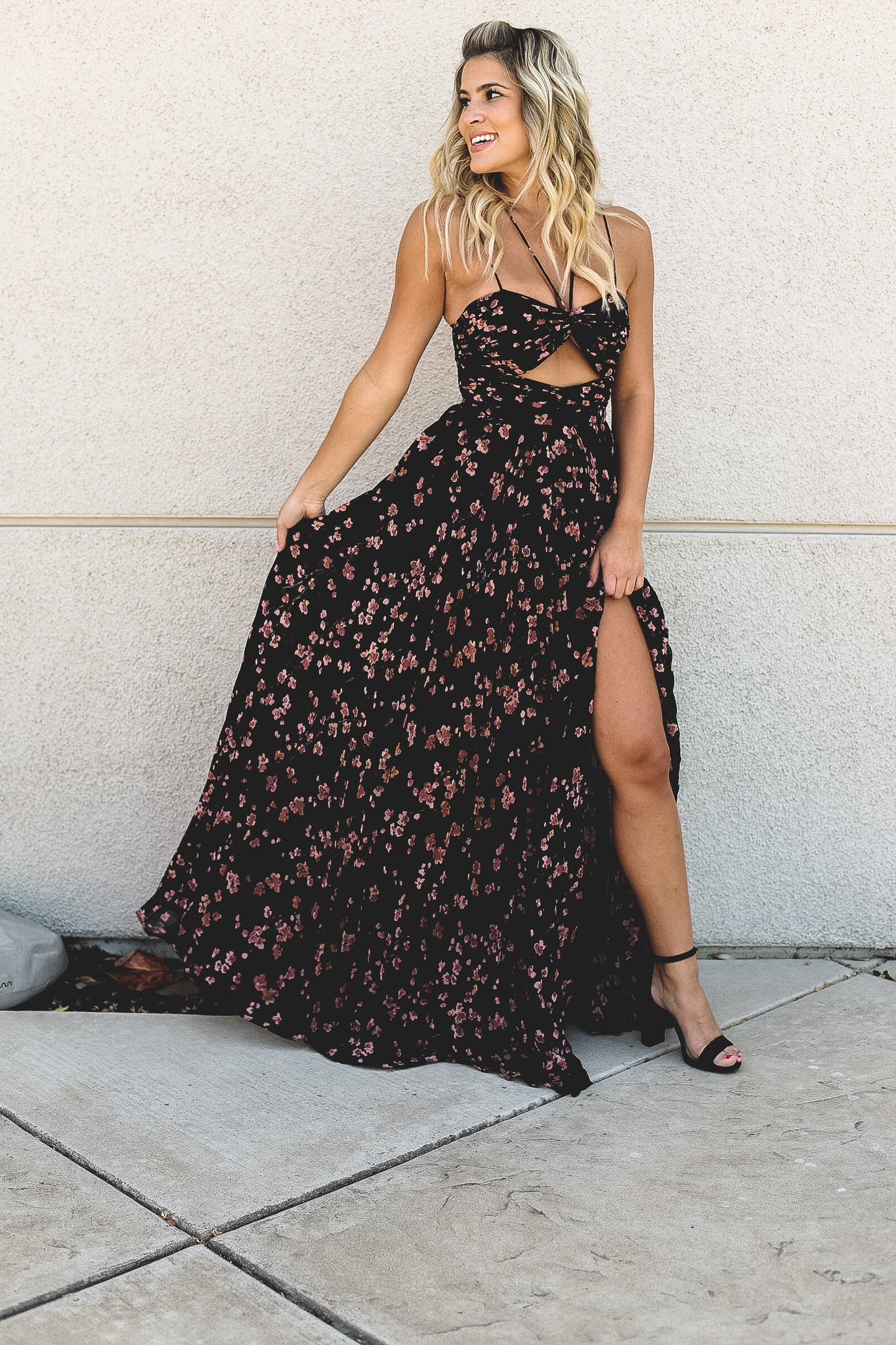 Kimmie Blush Floral Pleated Maxi