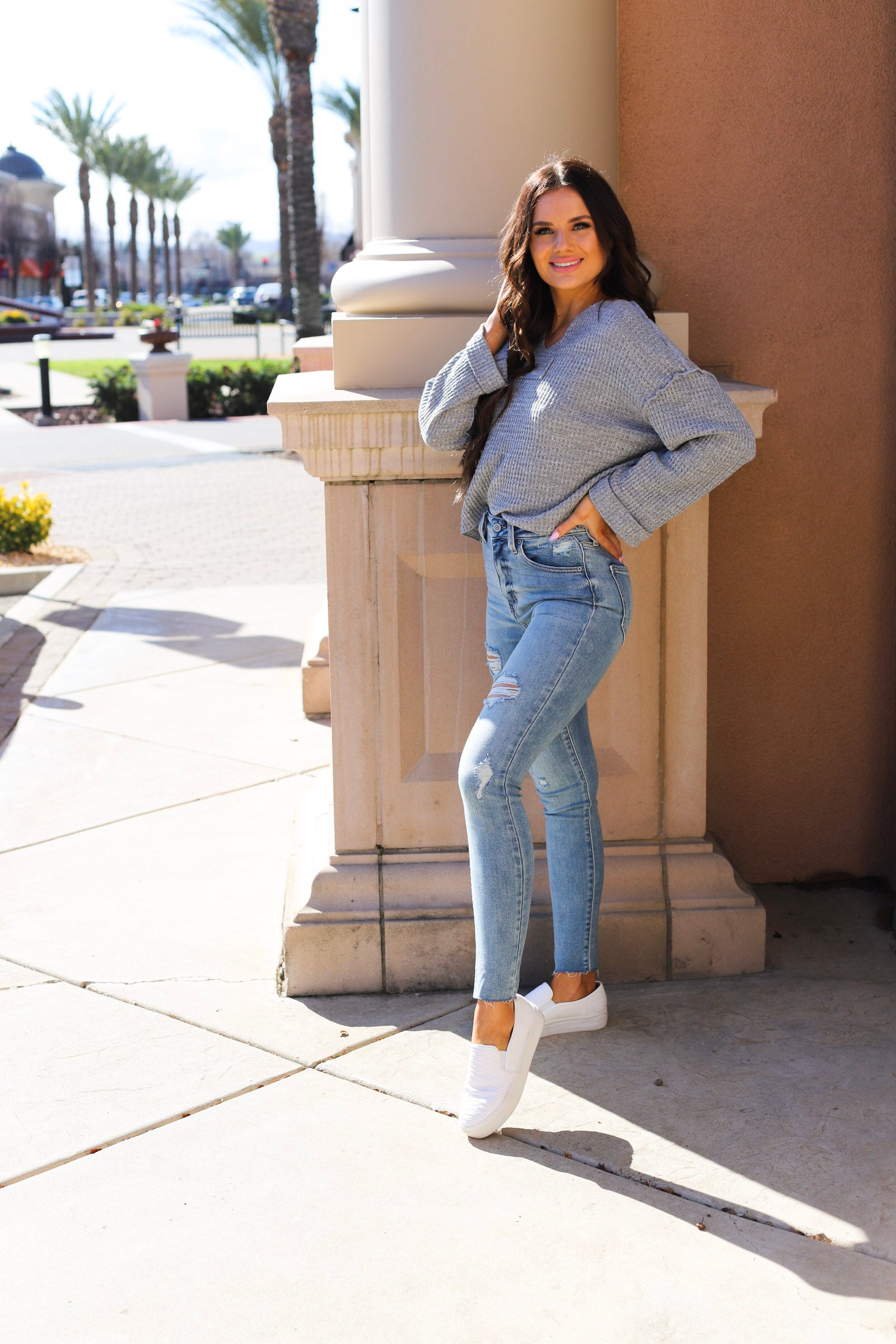 Bella High Rise - Light Denim