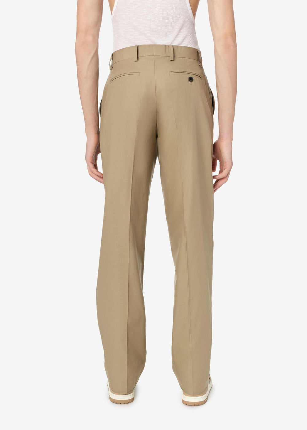SINGLE PLEAT RELAXED TROUSER - Brown