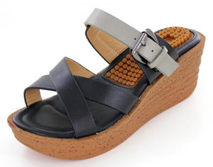 2.5 inch wedge with black and grey straps / has massaging insoles