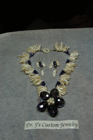 Cream Mother of Pearl and Navy Blue Multicolor Beaded Necklace Set
