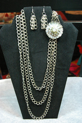 Silver Chain and Flower Necklace Set