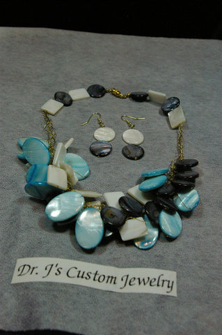Turquoise and White Mother of Pearl Crocheted Necklace Set