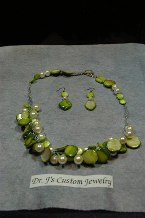 Light Green Mother of Pearl Shell Bead and White Pearls Necklace Set