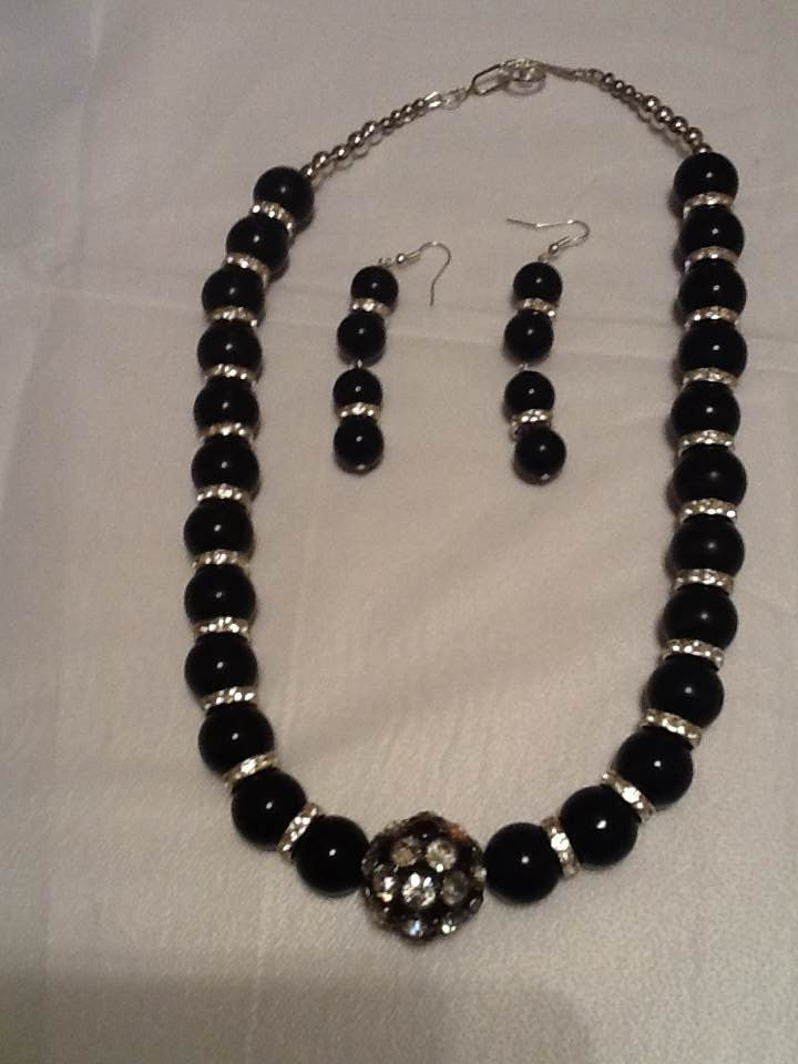Black Shell Pearl Round Beads and Rhinestone Beaded Necklace Set