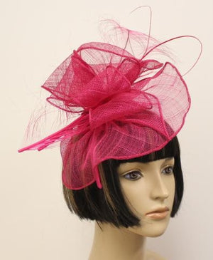 RED COLOR FEATHER HAT