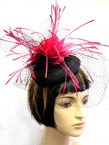 FUCHSIA COLOR FEATHER HAT