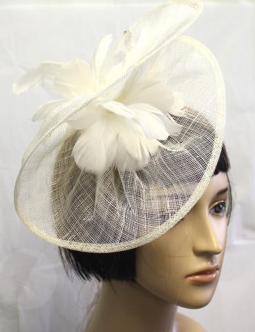 IVORY Feather Detailed Bridal Hat