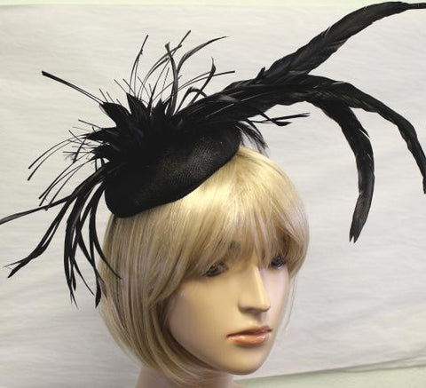 BLACK COLOR FEATHER Hat