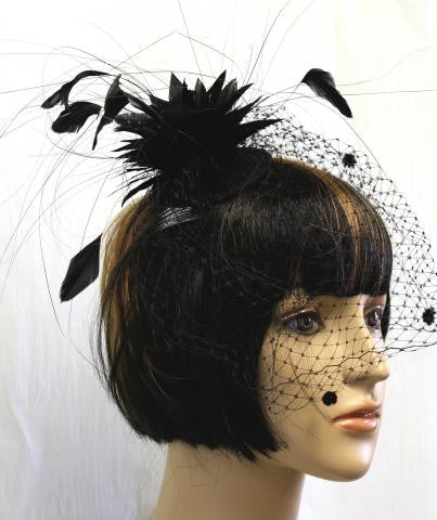 BLACK COLOR FEATHER AND VEIL