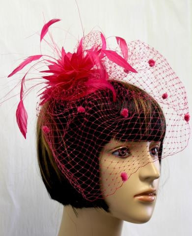 FUCHSIA COLOR FEATHER HAT WITH VEIL