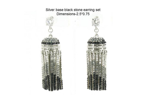 Silver base Black stone earring setDimensions-2.5*0.75