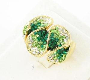 Gold base Green stone ring