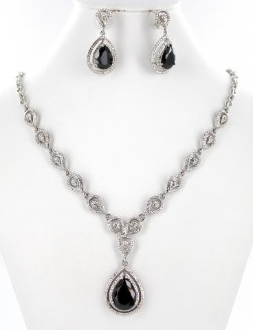 SILVER BASE BLACK STONE NECKLACE SET