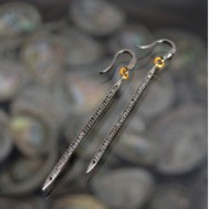 Diamond Stick Earrings - Vyn