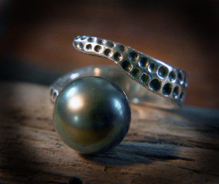 Tahitian Octopus Bi-Pass Ring - Vyn