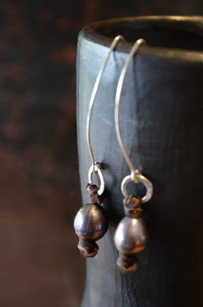 Freshwater Pearl Earrings - Vyn