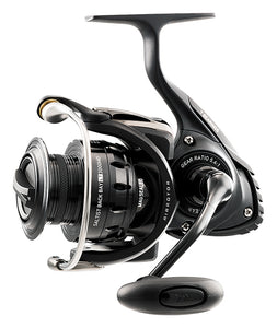 Daiwa Saltist Back Bay Series Spinning Reel