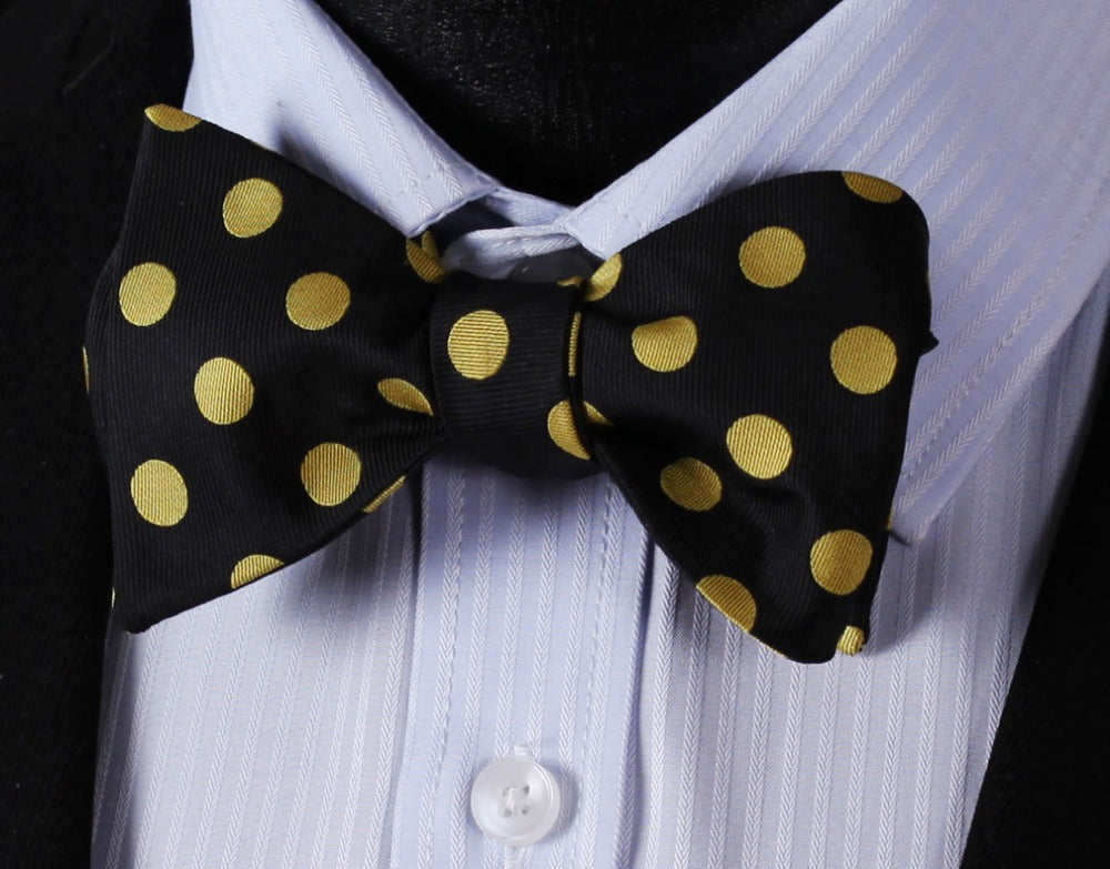 Elegant Yellow Polka Dot Bow Tie and Pocket Square - SOPHGENT