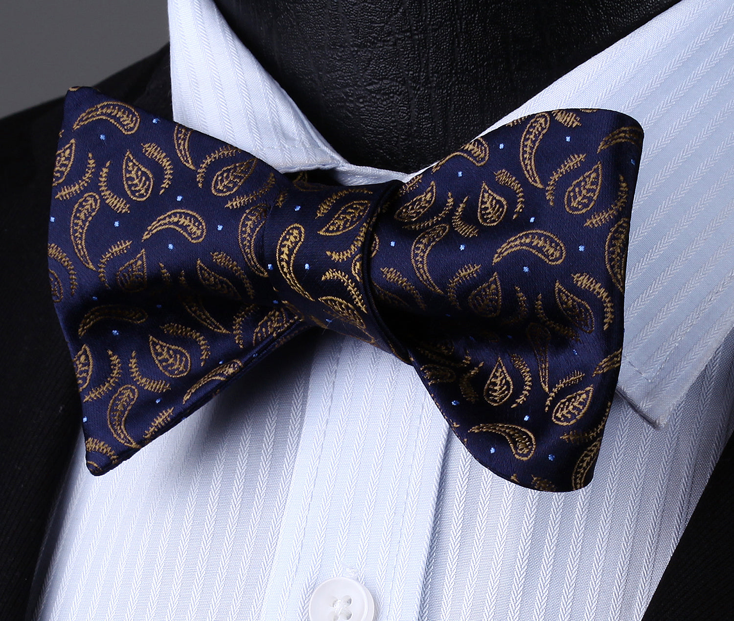 900305747919 Blue Star Paisley Bow Tie and Pocket Square | Beautiful ties at ...