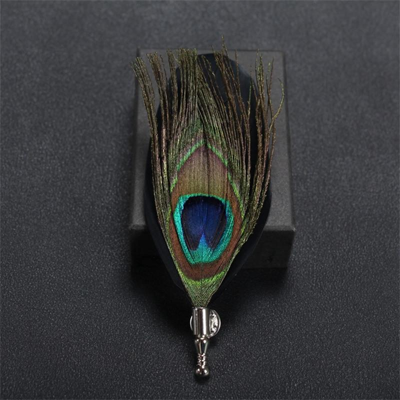 Feather Lapel Pin in Black - SOPHGENT
