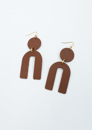 Leather Arch Earrings - Chesnut