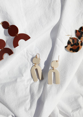 Leather Arch Earrings - Ivory