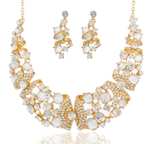 Goldtone With Clear Stones 15-18 Inch Adjustable Length Butterfly Style Choker Necklace And Matching Earrings Jewelry Set