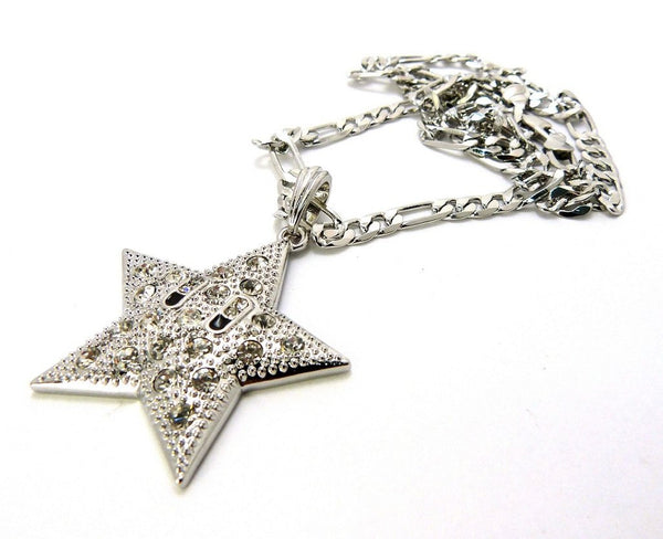Small Silvertone Star Pendant With A 24 Inch 5mm Figaro Chain Necklace Iced Out Good Quality