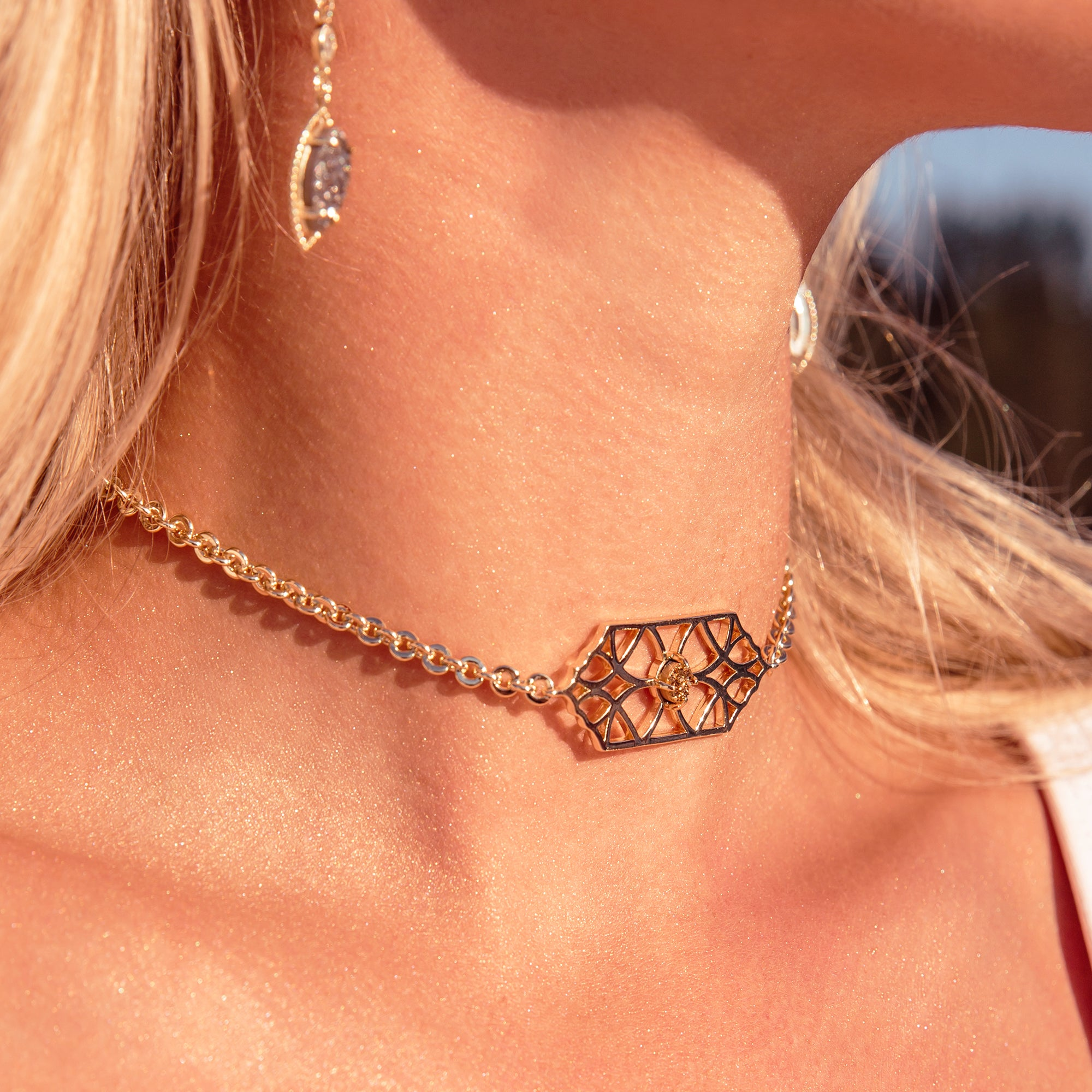 Runaway Romantic Choker Necklace
