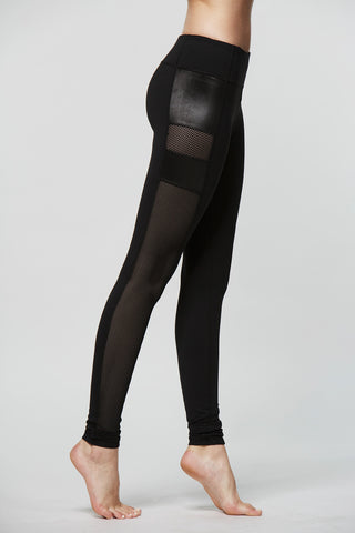 Aiko Graphic Leggings