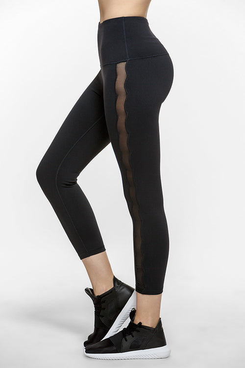 Wave Cropped Performance Leggings