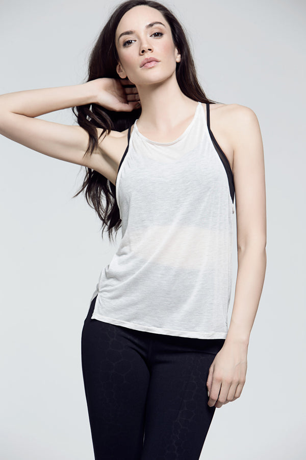 Ever Tank, Tops, Titika