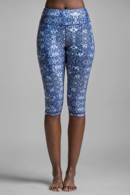 Lucky Graphic Static Crop Legging