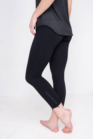 Tonic Lotus Legging