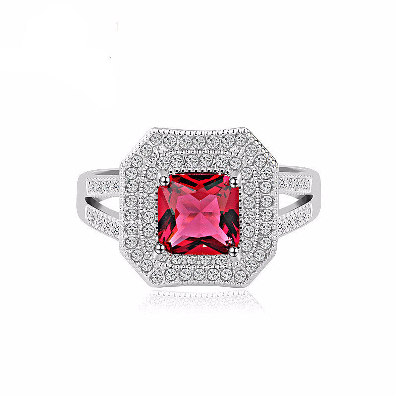 Glittering Cubic Zirconia Paved Halo Ring Platinum Plated Zircon Jewelry