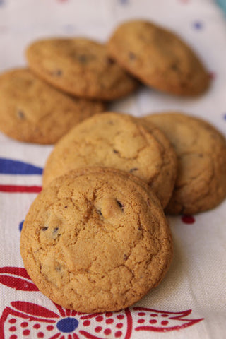 Gluten Free VEGAN Chocolate Chip Cookie