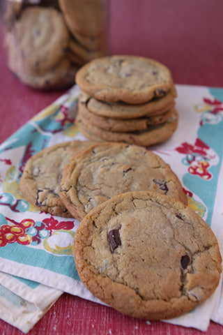Jumbo Chocolate Chunk Cookie
