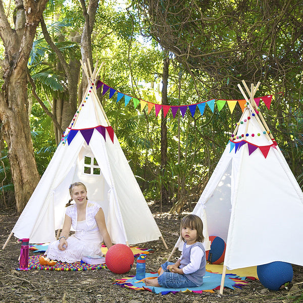 Teepee Super Size on left and Regular on right with Fabric Bunting and Balloon Ball